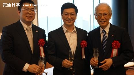 中国侨网(左起:李欣立、胡志平、高祖敏明)